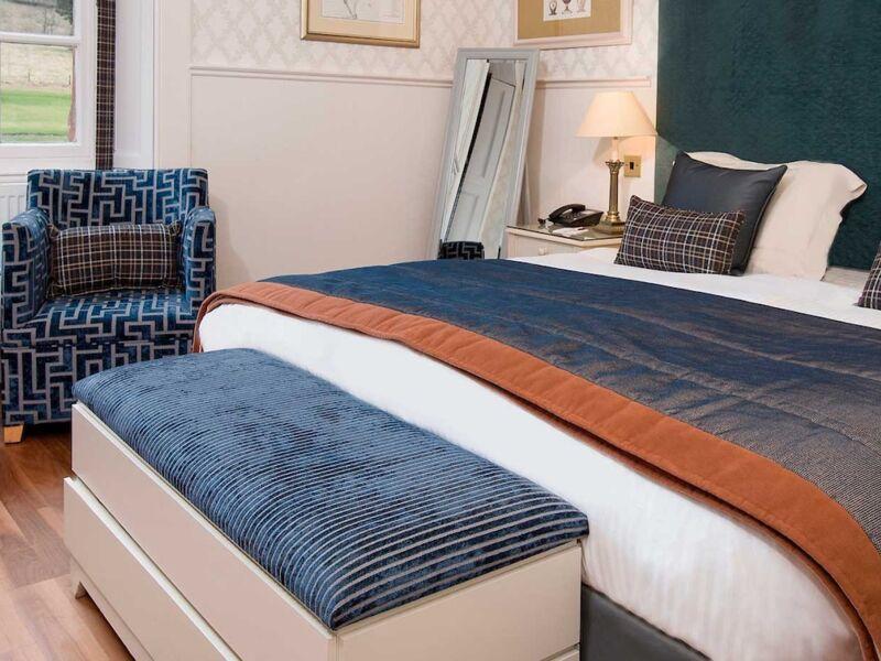 Classic_Guest_Room_Cringletie_Hotel.jpg